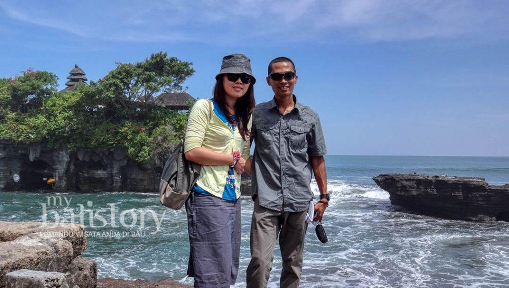 Bersama Istri di Tanah Lot