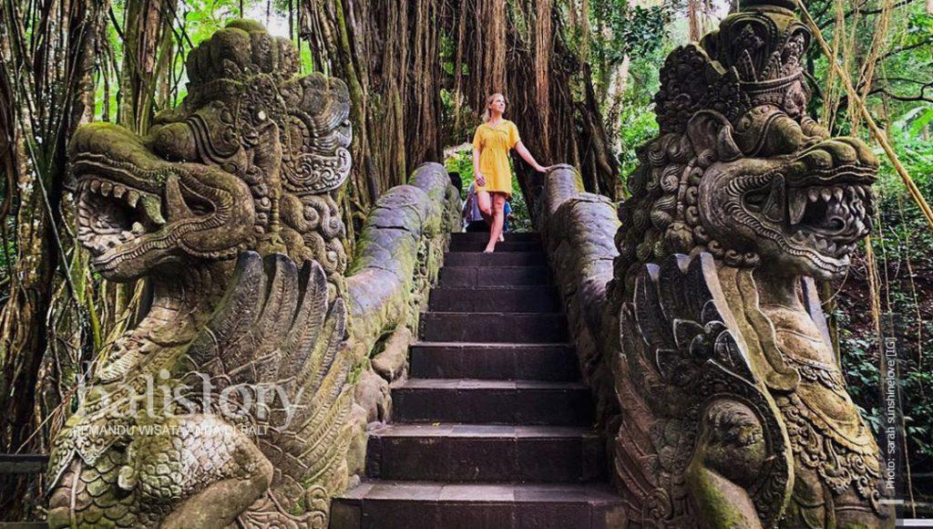 Ubud Monkey Forest photo sarah sunshinelove